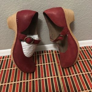 Woman Dansko shoes size 38(Missy)